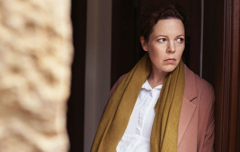 the-night-manager-103-burr-olivia-colman